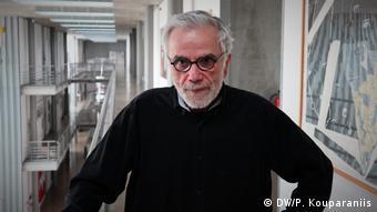 Ο καθηγητής Γεωργιάδης αμφισβητεί την ύπαρξη μιας αρχιτεκτονικής Bauhaus