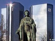Monumento al poeta alemán Schiller.