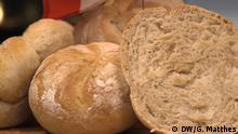 Baking Bread - DW-Korrespondent Georg Matthes backt Brote aus der EU: Österreich (Copyright: DW)