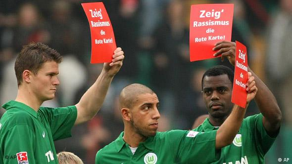 Deutschland Fußball Demonstration gegen Fremdenfeindlichkeit im Fußball Flash-Galerie