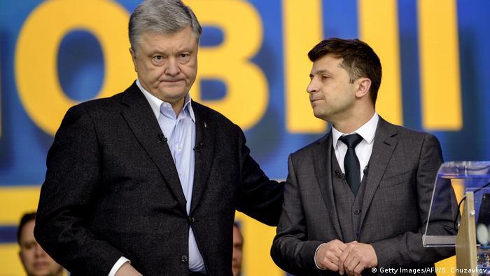 Петр Порошенко и Владимир Зеленский во время предвыборных дебатов, 19 апреля 2019 года