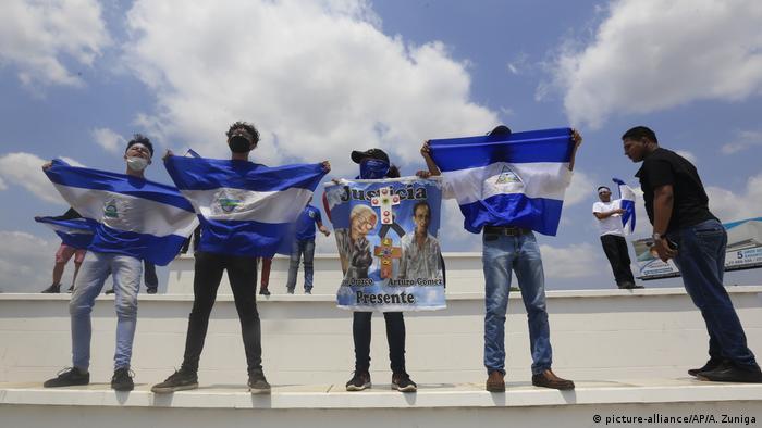 Nicaragua, Managua: Karfreitag in Nicaragua (picture-alliance/AP/A. Zuniga)