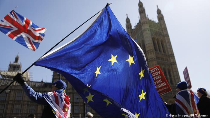 Symbolbild - Brexit und EU (Getty Images/AFP/T. Akmen)