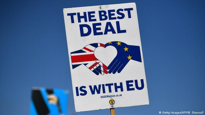 An anti-Brexit sign reading: the best deal is with EU