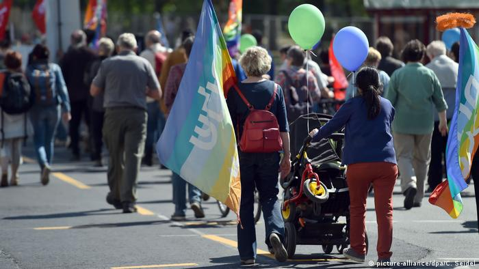 People of all ages took place in the Duisburg rally