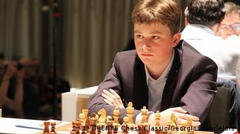 Deutschland Grenke Chess Classic 2019 | Carlsen gegen Keymer