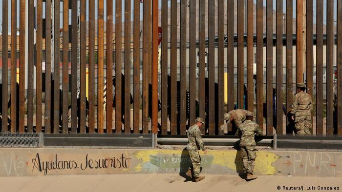 Военнослужащие США на границе с Мексикой