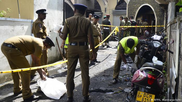 Sri Lanka Batticaloa Explosion in Zion Kirche (AFP/L. Wanniarachchi)