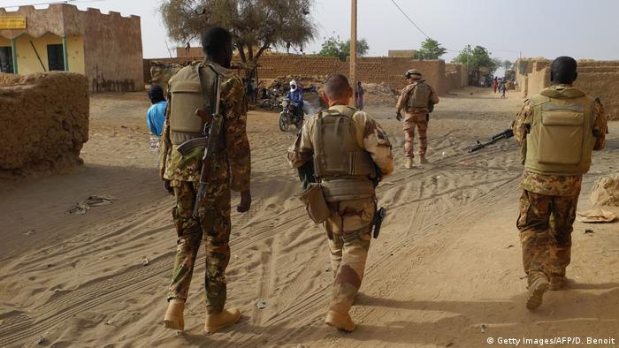 French and Malian soldiers on patrol in Mali in March 2019 as part of Operation Barkhane