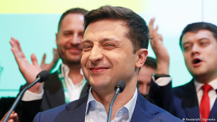Opinion: Ukraine votes for fresh start with comedian