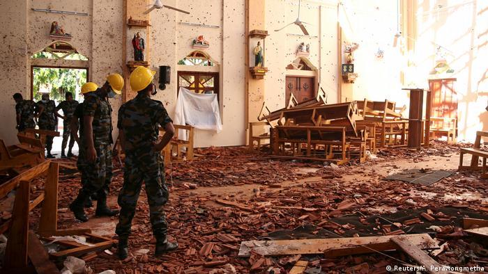 کلیسای سنت سباستین، پس از حملات تروریستی یکشنبه عید پاک، ۲۲ آوریل ۲۰۱۹، نگومبو