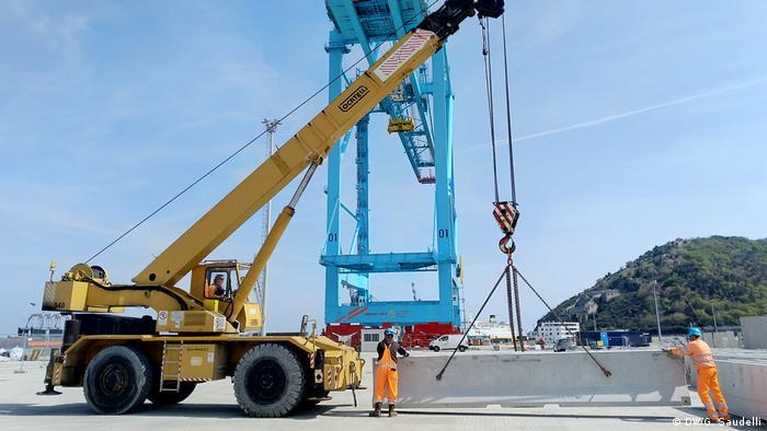 Talijani su impresionirani i brzinom kojom se gradi nova luka. Prvi brodovi bi trebali stići već ove godine