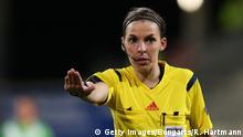 Fussball l Schiedsrichterin Stephanie Frappart