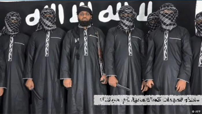 Imagem divulgada pelo grupo extremista Estado Islâmico que mostra o que seriam os terroristas responsáveis pelos ataques no Sri Lanka