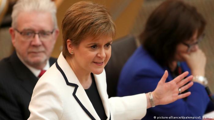 Die schottische Regierungschefin Nicola Sturgeon (Foto: picture-alliance/dpa/empics/J. Barlow)