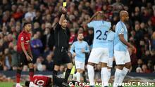 Premier League 31. Spieltag | Manchester United vs. Manchester City | GELB Vincent Kompany