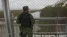 10.01.2019 A Mexican soldier stands guard at the Reynosa-Hidalgo International bridge linking the Mexican city of Reynosa, in the state of Tamaulipas with US city of Hidalgo, in Texas, on January 10, 2019. - US President Donald Trump is expected to visit Mc Allen City, Texas, in the southern border with Mexico, to discuss migration issues amid a standoff over funding of the border wall. (Photo by Julio Cesar AGUILAR / AFP) (Photo credit should read JULIO CESAR AGUILAR/AFP/Getty Images)