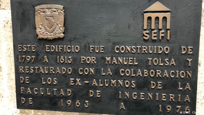 Mexiko Bergbaupalast in Mexiko City (DW/C. Chimoy)