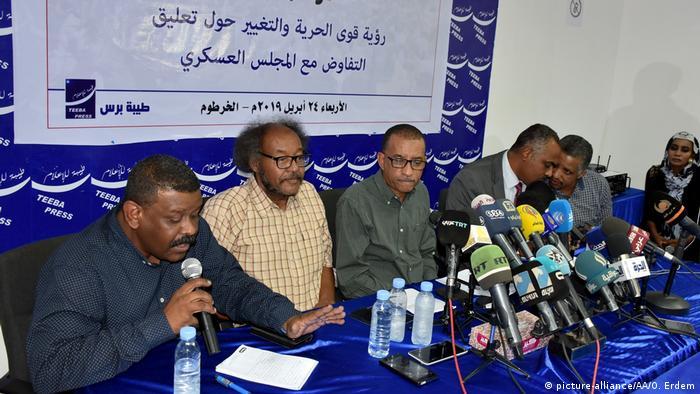 Sudan Pressekonferenz der Opposition (picture-alliance/AA/O. Erdem)