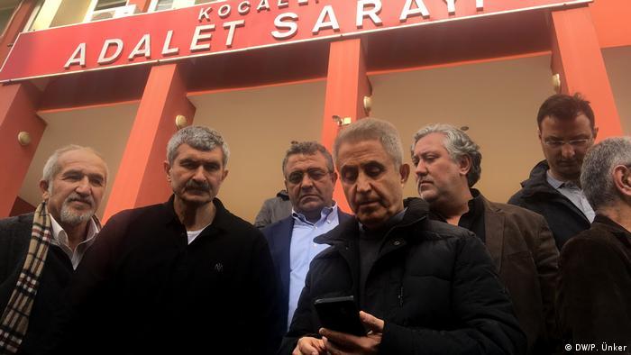 Türkei   Strafverfahren   Cumhuriyet Mitarbeiter in Kocaeli