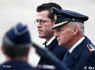 Federal Savunma Bakanı Guttenberg, Afganistan'ın bazı bölgelerinde savaş koşulları yaşandığını söyledi.