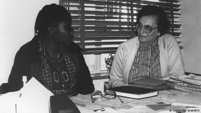 Die jüdische Autorin Ruth Weiss, Journalistin in Südafrika