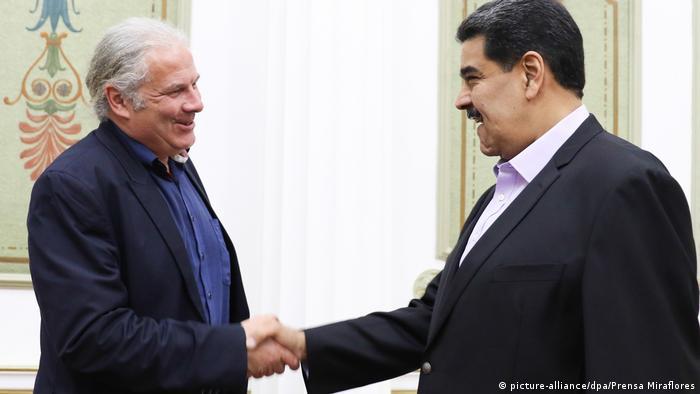 Venezuela Caracas - Andrej Hunko und Nicolas Maduro (picture-alliance/dpa/Prensa Miraflores)