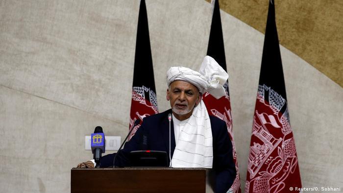 Deadly blast strikes near rally for Afghan President Ghani