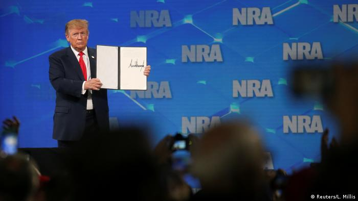 US President Donald Trump at NRA speech in Indianapolis, Indiana (Reuters/L. Millis)