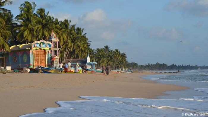Sri Lanka Tamilentempel am Strand