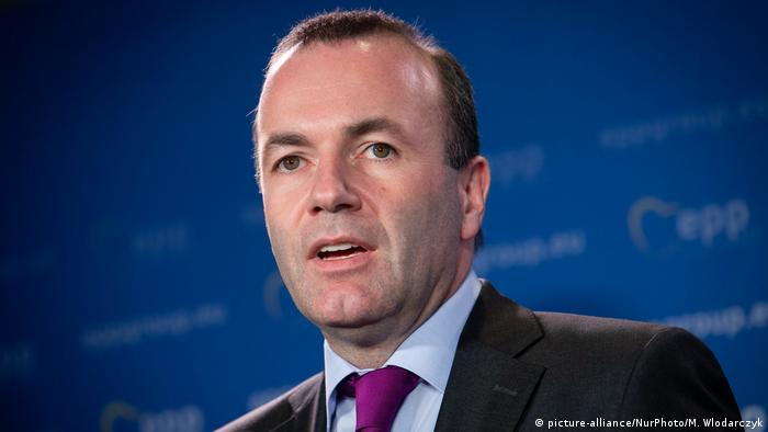 Chairman of the EPP Group, Manfred Weber gives a press conference with Grzegorz Schetyna (leader of Civic Platform) and Wladyslaw Kosiniak-Kamysz (leader of Polish Peoples Party) during an EPP Group Bureau meeting at Sofitel Victoria in Warsaw, Poland on 7 March 2019 (picture-alliance/NurPhoto/M. Wlodarczyk)