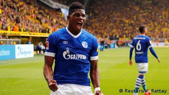 Fußball Bundesliga 31. Spieltag l BVB Dortmund vs FC Schalke 04 l Tor 2:4 Jubel (Reuters/W. Rattay)