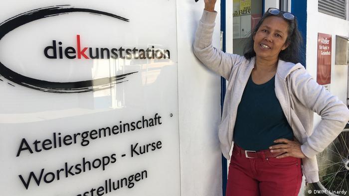Bonn - indonesische Malerin Amiasih Amongsari