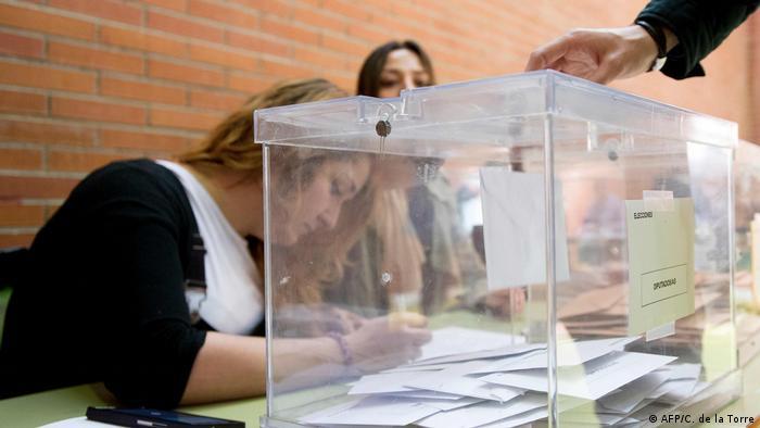 Vote teller in Madrid polling station