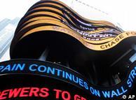15 de septiembre de 2008: ABC News anuncia la quiebra de Lehman Brothers en Times Square.