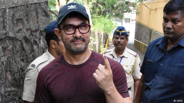 Mumbai Wahlen Prominente Aamir Khan (IANS)