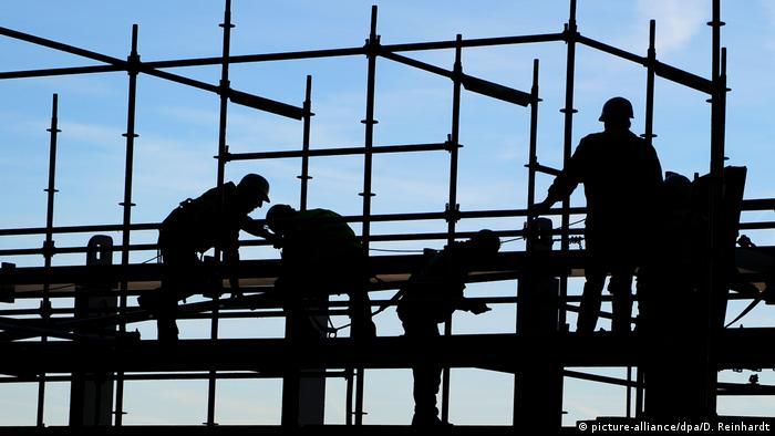 Умови праці на будмайданчиках в Україні жахливі, стверджується в дослідженні Фонду Еберта