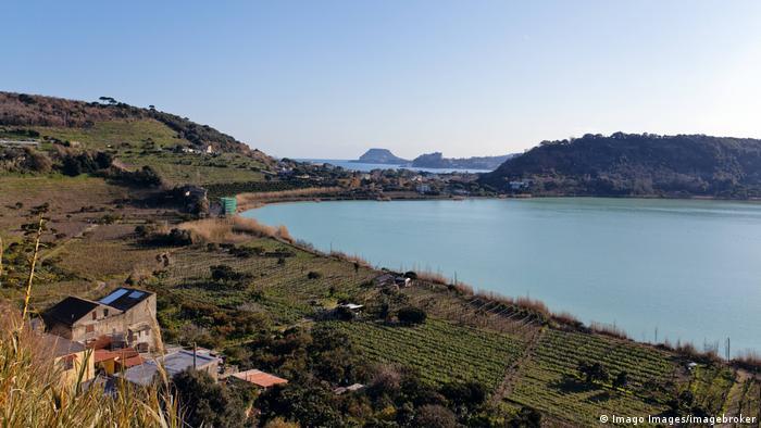 Italien Lago d'Averno (Imago Images/imagebroker)