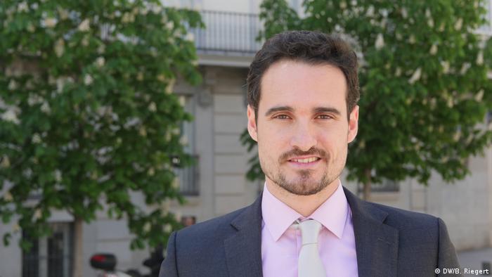 Salvador Llaudes, Politikwissenschaftler,