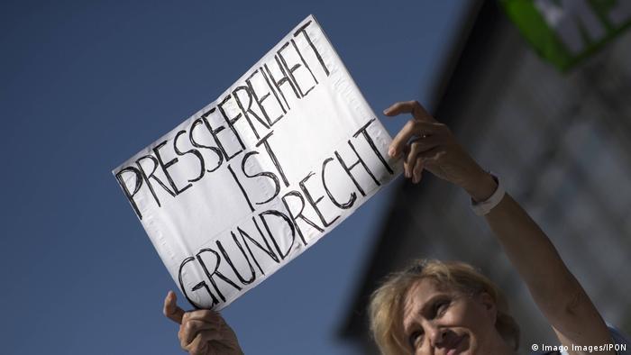 Symbolbild Pressefreiheit (Imago Images/IPON)