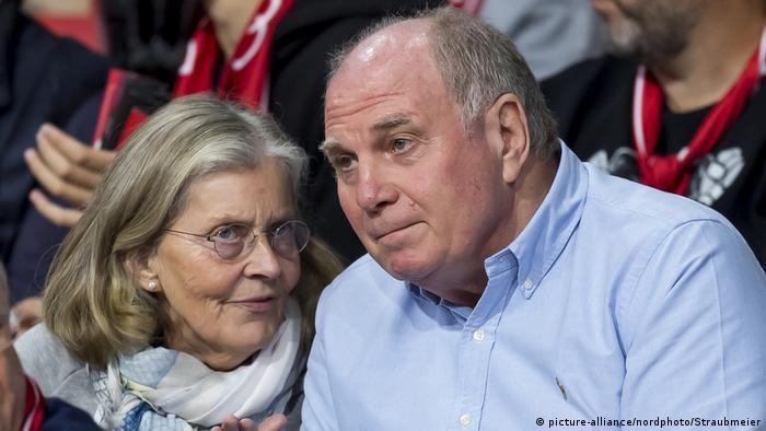 FC Bayern München Susanne und Uli Hoeneß (picture-alliance/nordphoto/Straubmeier)