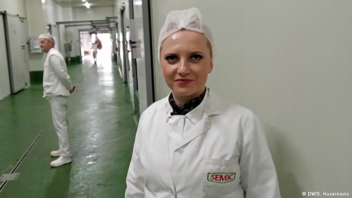 Bosnien Fleischproduktion Reportage Tag der Arbeit Mirela Kadric (DW/S. Huseinovic)