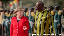 Afrika Burkina Faso l Kanzlerin Angela Merkel trifft Präsident Roch Marc Kabore