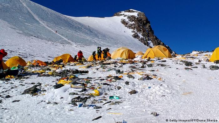 Basura en el Everest.