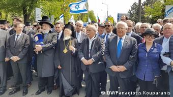 Ο Οικουμενικός Πατριάρχης Βαρθολομαίος και ο τ. πρόεδρος της Βουλής Νίκος Βούτσης στην «Πορεία των Ζώντων» στο Άουσβιτς τον Μάιο