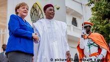 Niger Kanzlerin Merkel auf Afrikareise | Merkel und Präsident Issoufou
