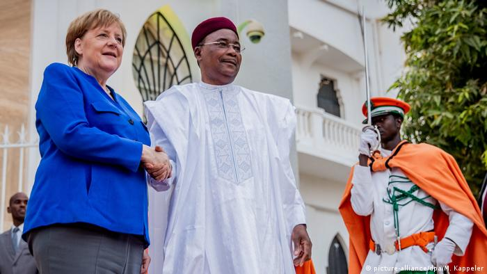 German Chancellor Angela Merkel and President Mahamadou Issoufou