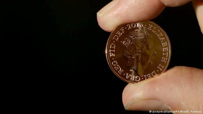 Британская монета достоинством 2 пенса