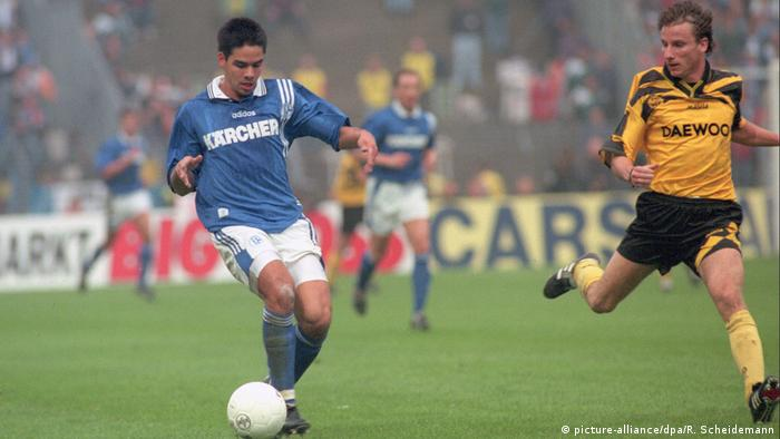 David Wagner playing for Schalke at the UEFA Cup