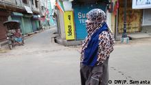 Description- Shivsena, a political partyof India has demanded to ban burqaafter the decision of Srilankangovt. This demand has sparked new controversy in the election season. Keywords :Ban, burqa, Srilanka, controversy, India, Political party, When it was taken May, 2019 Where it was taken : Kolkata Copyright PayelSamanta Working Women also use burqa.